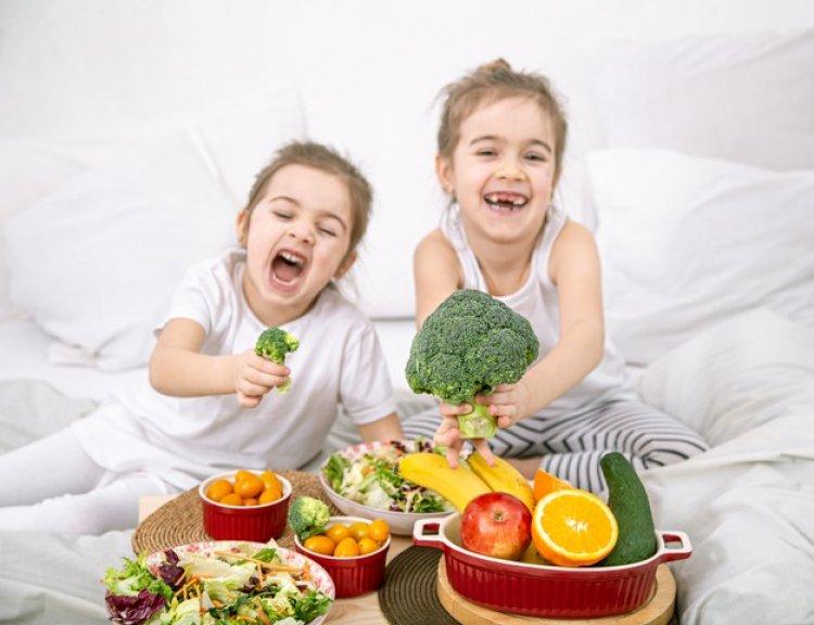 Health Tips: बच्चों में इम्युनिटी बढ़ाने के लिए उनके डाइट में शामिल करें ये चीजें