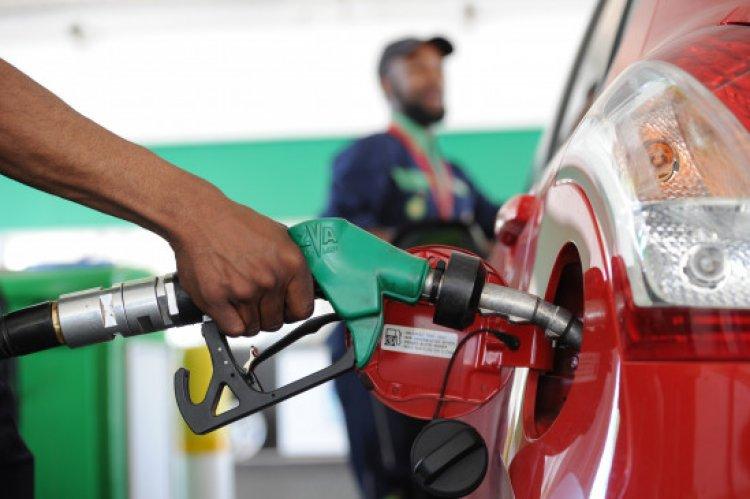 पेट्रोल-डीजल के दाम 14वीं बार बढ़ा अब हुआ 99.94 रुपये प्रति लीटर