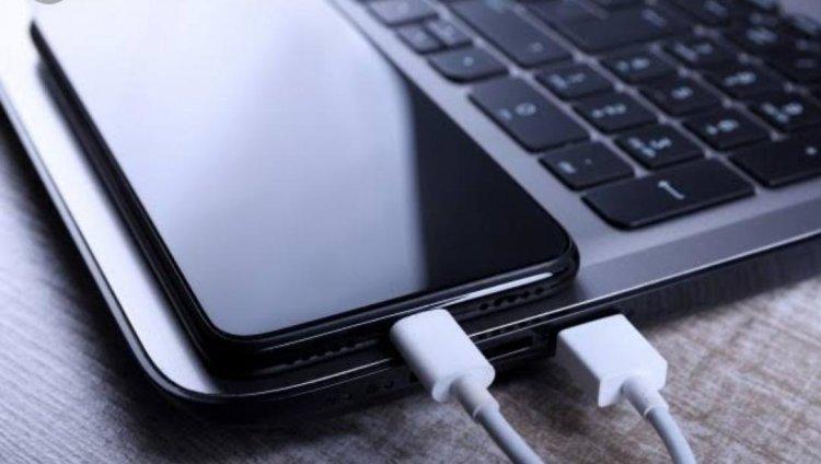 बिना मोबाइल चार्जर के कैसे करें अपना स्मार्टफोन चार्ज