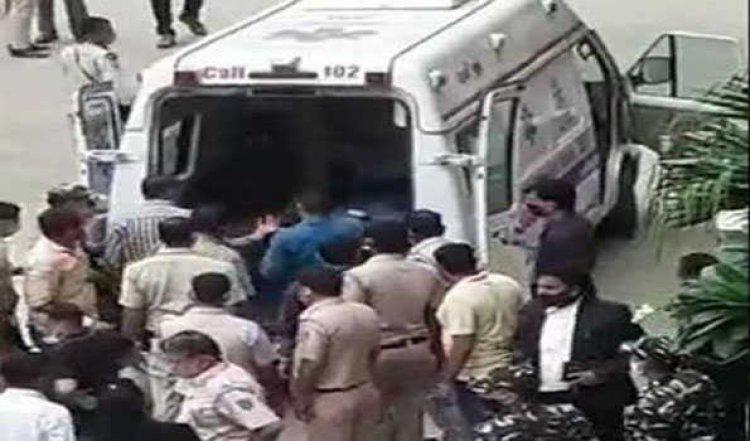 रोहिणी कोर्ट में गोलीबारी में तीन की मौत