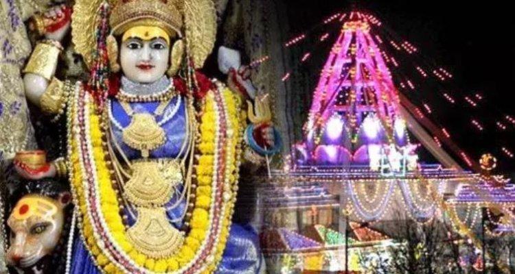 नवरात्रि में विशेष कृपा चाहिए तो कीजिये झंडेवाली माँ का दर्शन, पढ़िये इनके महिमा के बारें में