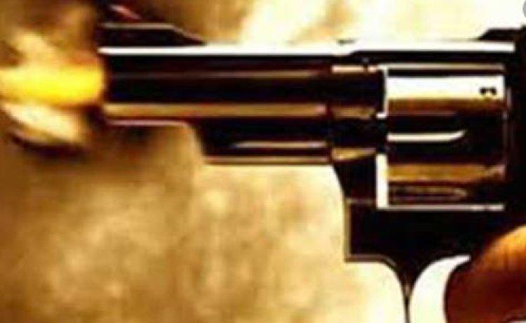 बलिया में प्रेमिका की हत्या के बाद युवक ने खुद को भी गोली से उड़ाया