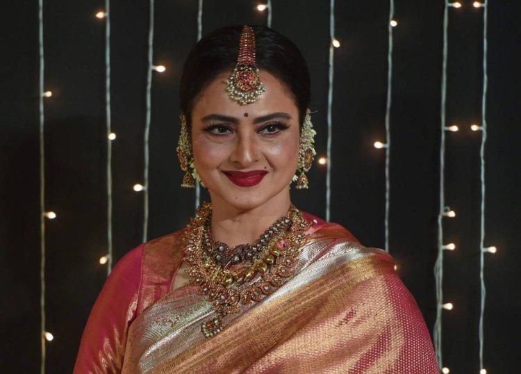 Happy Birthday : रेखा ने अपने फिल्मी करियर में 175 फिल्मों में अभिनय कर किया दर्शको पर राज