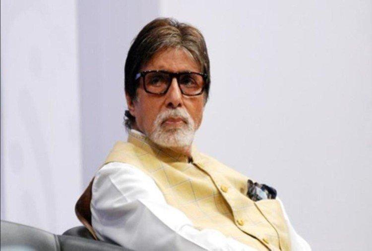 Happy Birthday : शोले की सफलता के बाद अमिताभ बच्च्चन फिल्म इंडस्ट्री में सुपर स्टार के सिंहासन पर जा बैठे